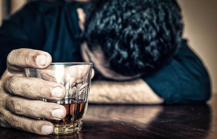 alcoholism-signs-and-symptoms