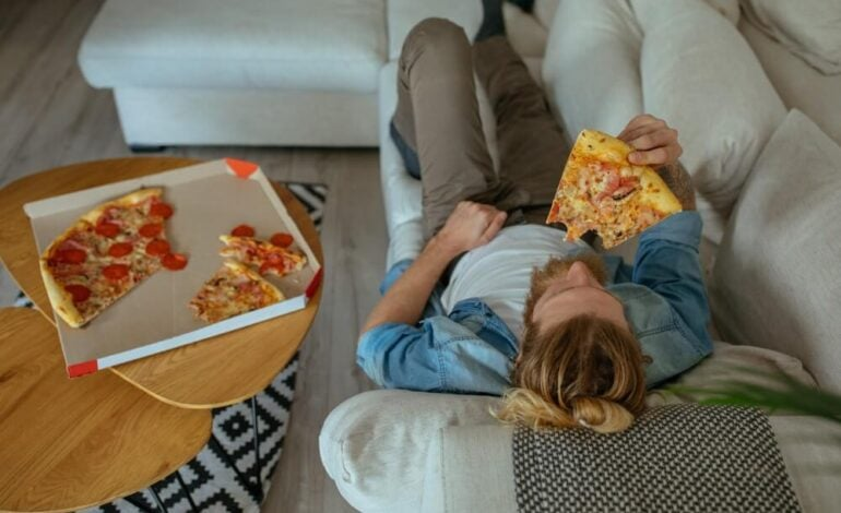 Mental Health Awareness Month: The Connection between Fast Food and Depression